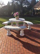 Runder Tisch , Stein  Durchmesser 115 cm neu Steinguß Tel.01723246405