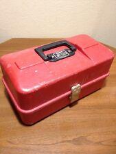 VINTAGE UMCO MODEL 1133P RED FISHING TACKLE BOX - WATERTOWN MINNESOTA / MN