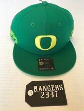 Oregon Ducks Nike NCAA True Woven Stripe Snapback Cap New with tags