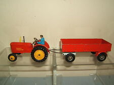 DINKY GIFT SET MODEL No.399 MASSEY FERGUSON & TRAILER