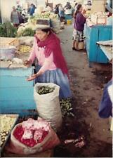 SOUTH AMERICAN WOMAN At The Market FOUND PHOTOGRAPH Color FREE SHIPPING 98 16 C