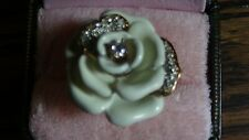Juicy Couture Ivory Rhinestone Rose Ring 8