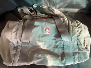 VINTAGE JanSport SKIP YOWELL GREY GRAY Duffel Duffle Bag RARE Nylon Pockets