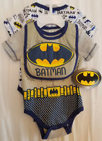 BOYS INFANT DC COMICS BATMAN GRAY SIZE 0-3 MONTHS 3 PACK 2 CREEPERS WITH BIB NWT