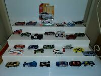HOT WHEELS CARS LOT OF 33 TRUCKS HOT RODS MUSCLE CARS 1970-2017 VTG v3576