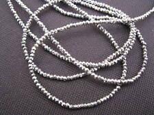 1 Strang 44,5cm Würfel geschliffen opal weiß 2,2 x 2,5mm Glasperlen 11332