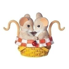 New Charming Tails Mouse Figurine Picnic Basket Love Couple Mice Statue Decor