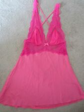 WOMENS VICTORIA'S SECRET SILKY SATIN LACE HOT PINK SEXY OPEN BACK NIGHTGOWN MED