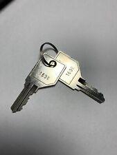 163E HON Pair of 2 Keys Metal Casegoods 101E-225E key