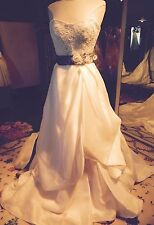 Jim Hjelm Sample Wedding Gown Style #8110 Size 12