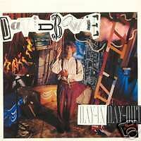 DAVID BOWIE Day-in day-out 45 Tours 2 Titres