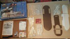 Robert E Lee Mississippi Steamboat 1/163 Scale Model Kit Ship Boat Vtg Plastic