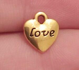 50 x Gold Love hearts Charms Pendants UK New (L27) 10x10mm