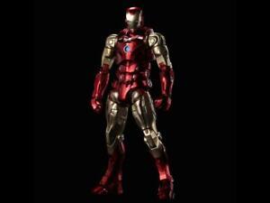 SEN-TI-NEL Marvel Fighting Armor Iron Man Figure