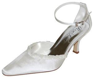 HBH Brautschuhe aus Satin,mit Lederriemchen,mit Perlen besetzt,6cm Pfennigabsatz