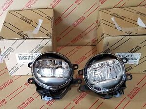 NEW GENUINE LEXUS RIGHT AND LEFT LED FOG LAMP SET OEM 81210-48051 81220-48051