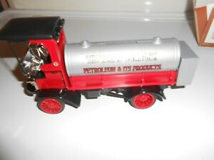 1995 ERTL COLLECTIBLES - 1910 MACK TEXACO TANKER DIE CAST BANK -12th IN SERIES
