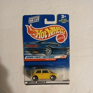 Hot Wheels Mini Cooper - Yellow - 2000 First Editions Sealed 30/36