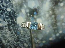 DI MODOLO 18K WHITE GOLD DIAMOND & BLUE TOPAZ  RING SIZE 5.75, O.44 CT
