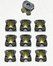 LEGO LOT OF 10 NEW KINGDOMS SHIELDS WITH LION AND CROWN PATTERN PARTS
