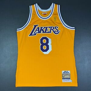 100% Authentic Kobe Bryant Mitchell & Ness 96 97 Lakers Jersey Size 40 M Mens