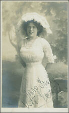 VESTA VICTORIA - PICTURE POST CARD SIGNED