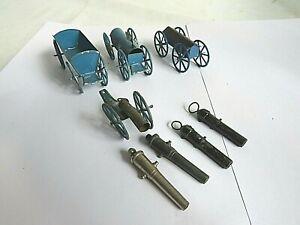 Zinnfiguren Verschiedene Wagen und Kanonen