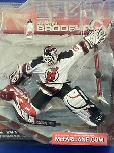 2001 McFarlane Hockey NHL Series 1 Martin Brodeur White Bottle #20 Action Figure