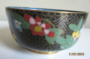 Vintage Chinese Cloisonne Bowl Flowers Theme 10cm across 5cm tall #S3