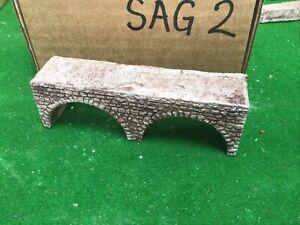 Z scale, Z gauge  Twin Arch bridge / Viaduct.  Pre Painted SAG2