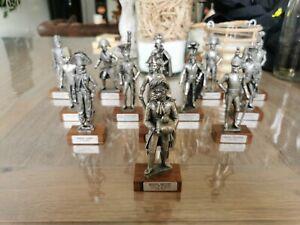 Lot 13 Figurines Soldat Étains Du Prince