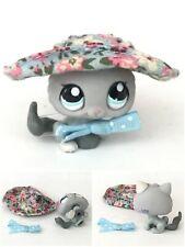 Authentic Littlest Pet Shop #1301 Grey Gray Kitten Cat Blue Eyes White Ear Hat