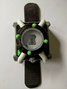 Ben 10 Omnitrix Deluxe Watch FX Light Up with Sounds FREE Delivery