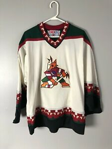 vintage 1990s CCM Phoenix Coyotes Replica Embroidered Jersey Size L