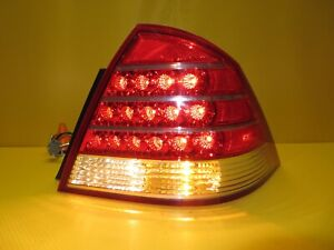 2005-2007 Montego OEM Passenger Right LED Taillight 5T5313B504A RH *TESTED*