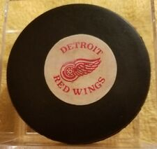 Vintage art ross converse DETROIT RED WINGS hockey GAME PUCK NHL CCM TYER USA