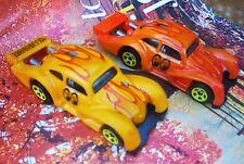 HOT WHEELS LOT OF 2 CUSTOM VW KAFER RACER MOONEYES