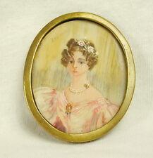 Ancienne miniature XIXe en médaillon signé Lesieur portrait de femme of woman