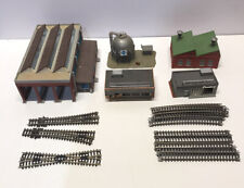 BUILDINGS AND TRACK N SCALE