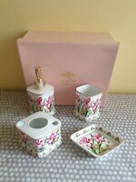 The Leonardo Collection Ladies Bathroom Set With Floral Decoration. Boxed New