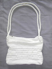 White rag rug purse hand bag shoulder carpet zippered medium size