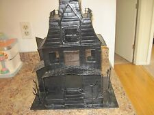 Haunted  Spooky Halloween Tin House 5 Votive Just as Nice as Yankee Candles