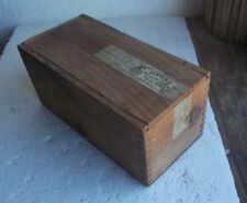 HIGGINS AMERICAN INDIA INK WOOD SHIPPING BOX DOVETAIL CORNERS WITH LID 1890s