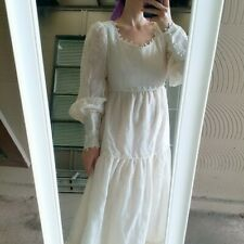 Gorgeous vintage Boho crochet trim ivory Maxi Dress / Full Skirt