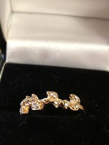 DELICATE SIZE L SMALL LIGHTLY USED GOLD TONE FAUX DIAMOND FASHION/DRESS RING
