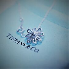 Tiffany & Co. Paloma Picasso Sterling Silver 925 Daisy Flower Pendant Necklace