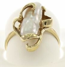 Ladies Genuine Baroque Pearl Ring in 14 Kt Yellow Gold