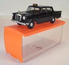 Siku Plastik V 192 Mercedes Benz 190 Taxi V-Serie Garagenbox P1 OVP 1 #841