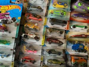 Hot Wheels Cars, Bikes, Aeroplanes & Helicopter Die cast toys inc Skybusters,