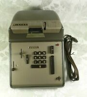 Vintage Victor Automatic Calculator & Cover PARTS/REPAIR